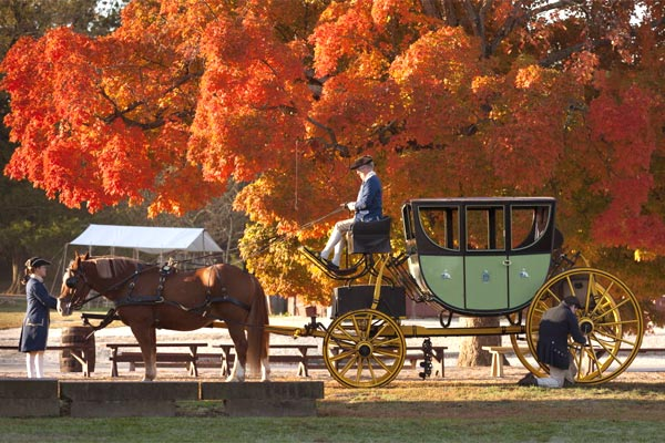 Come Visit Virginia's Colonial Capital this Autumn and through the Holidays!