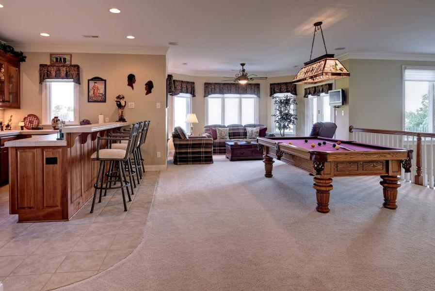 pool and wet bar