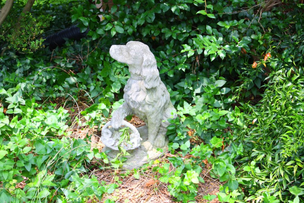 Milden Hall Antique English Setter Brittany Statuary Pics June 9 2010 176