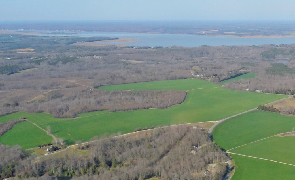 Aerial, Mahockney Farm and the Rappahannock. Manor house lower left